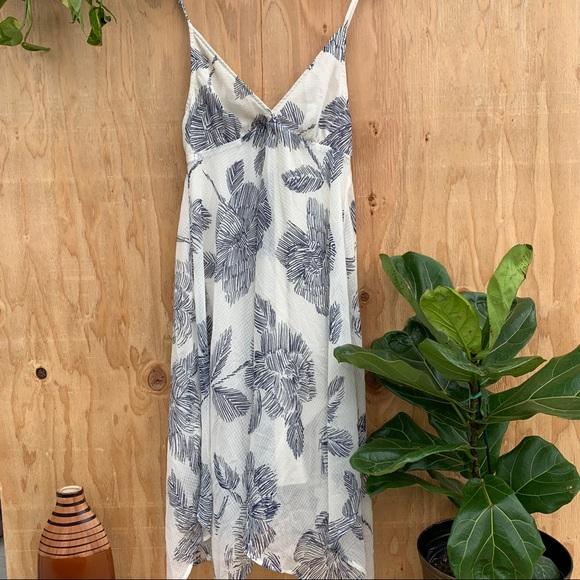 lovestitch Dresses & Skirts - White Blue Floral Print Dress